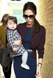 EXC - VICTORIA BECKHAM AND HARPER SHOPPING IN LONDON.