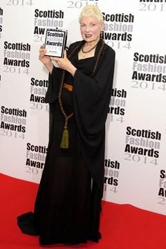 Vivienne-Westwood-Vogue-2Sept14-Rex_b_240x360_1